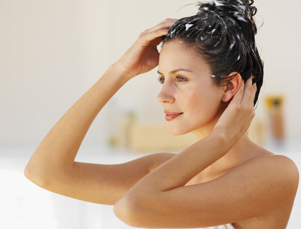 Очищение кожи головы скрабами