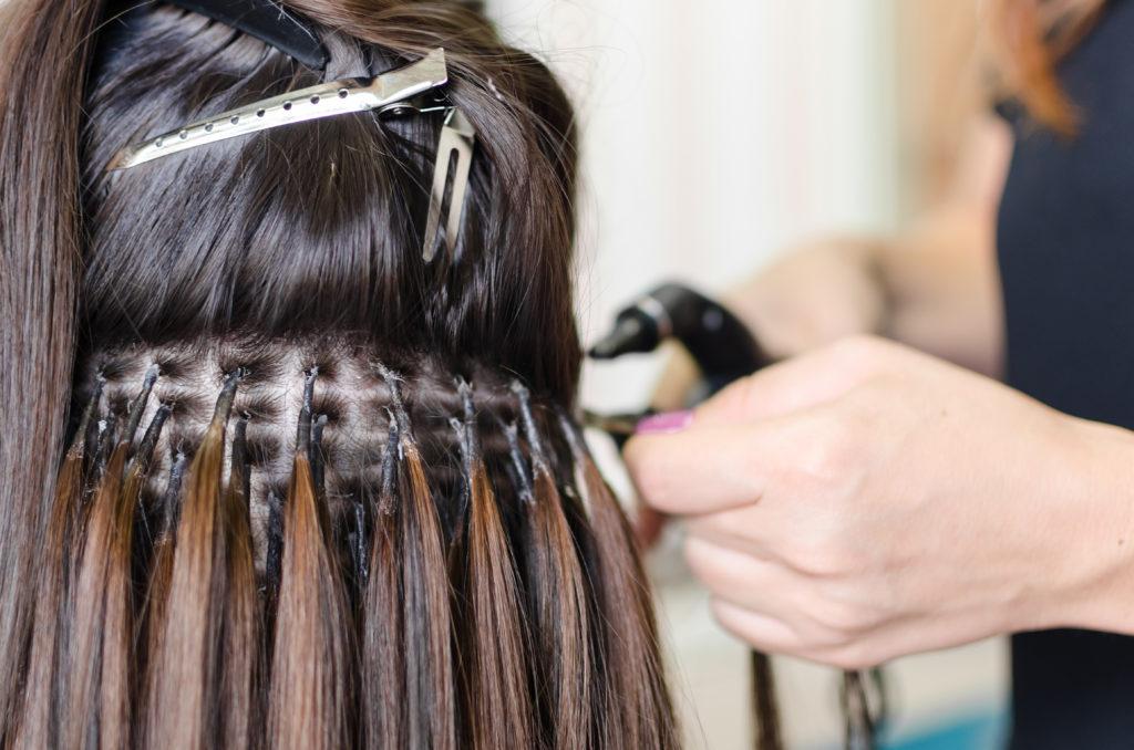 Наращивание волос: что нужно знать