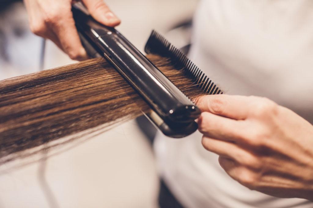 Перманентный волос. Вид химического выпрямления