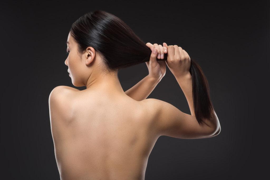 Сухие кончики волос: причины возникновения и способы восстановления